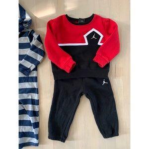 Toddler boy Air Jordan outfit, sz 2T